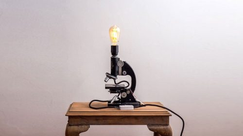 Upswitch lamp
