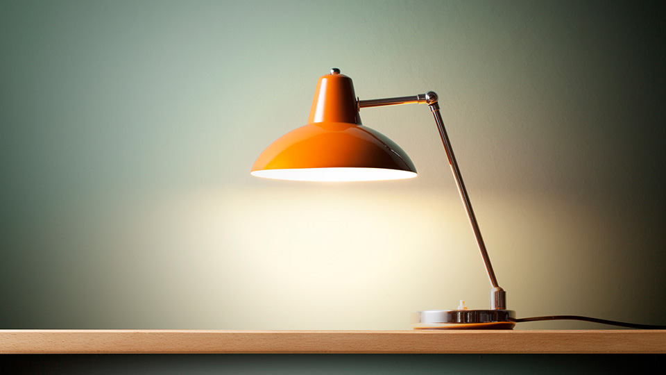 How to safely dispose of mercury-containing lamps
